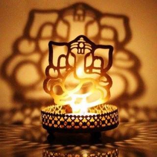Ganesha Shadow Lamp / Diyas
