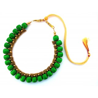Youth Green Silk Thread Necklace