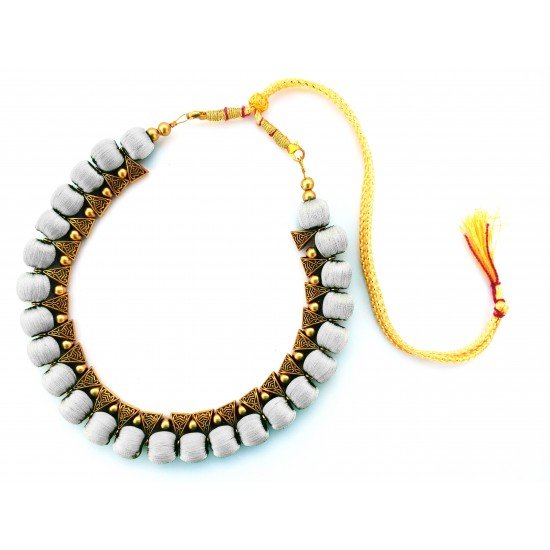 Youth White Silk Thread Necklace