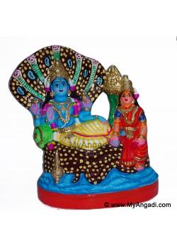 Vainkundanathar Vishnu Lakshmi Golu Doll